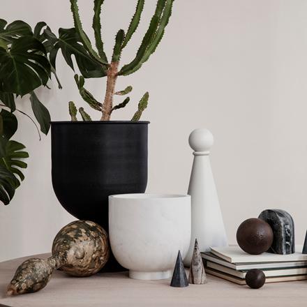 Ferm Living Hourglass Pot, small