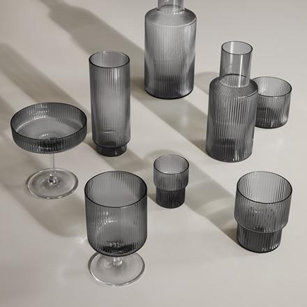 Ferm Living Ripple Small Glas, 4 Stk. i Smoked Grey
