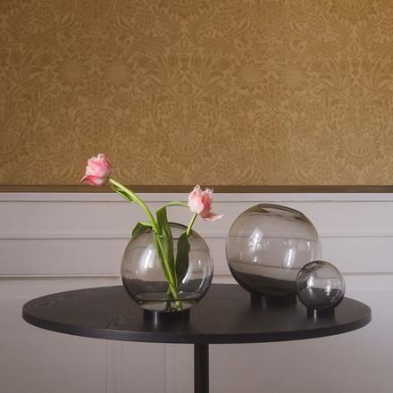 AYTM Globe vase m. sort stand, large