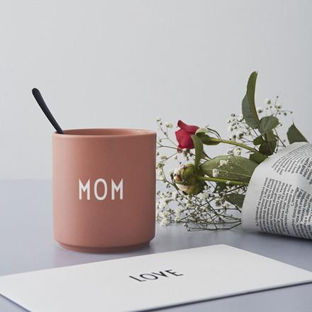 Design Letters Favoritkop, MOM