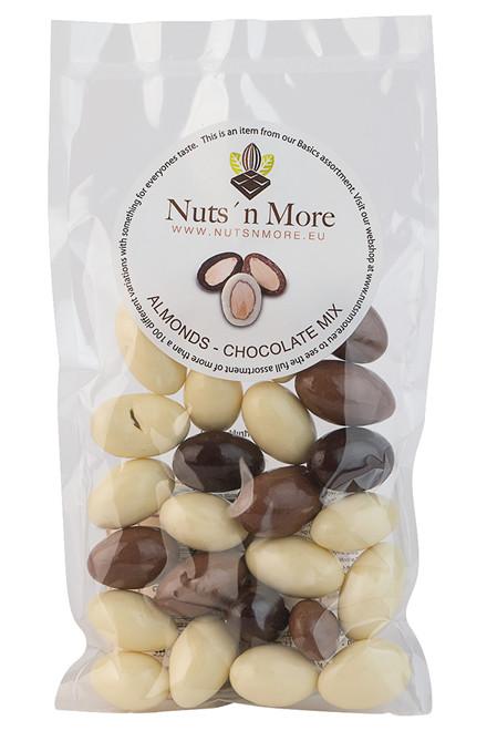Mandler overtrukket med hvid, lys & mørk chokolade