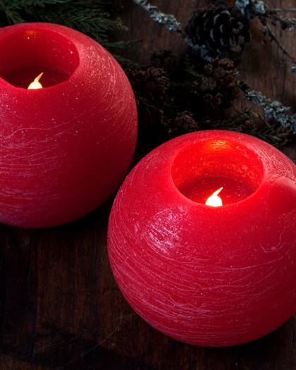 Mona 2 LED ball candles 12 cm red