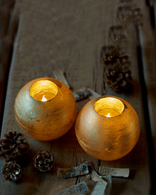 Mona 2 LED ball candles 8 cm gold