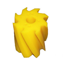 Skraberulle, snoet mod uret, 8 tands, gul, shore 86, Ø132 mm x 158 mm