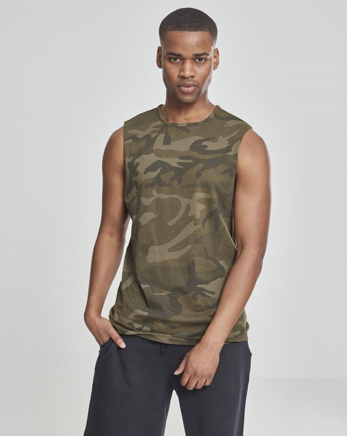 Image of   Urban Classics Camouflage Tank top (Oliven Camo, 2XL)