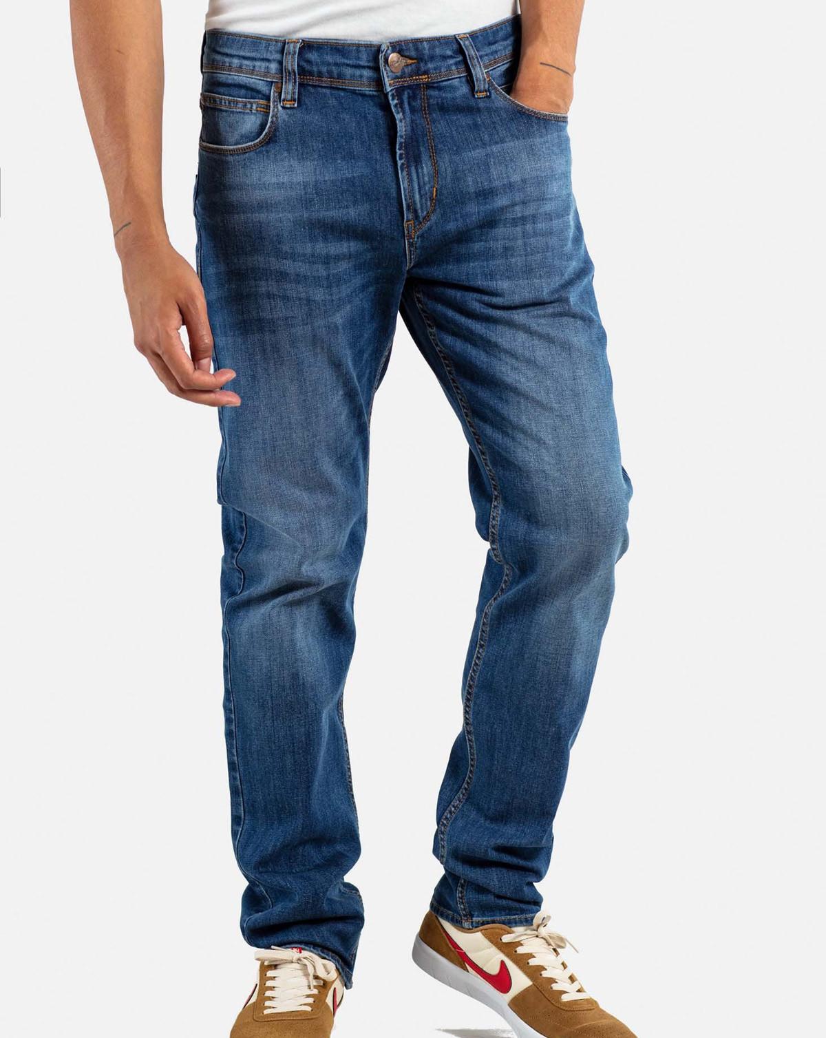 Reell Nova 2 Jeans (Washed Blue, W38 / L34)
