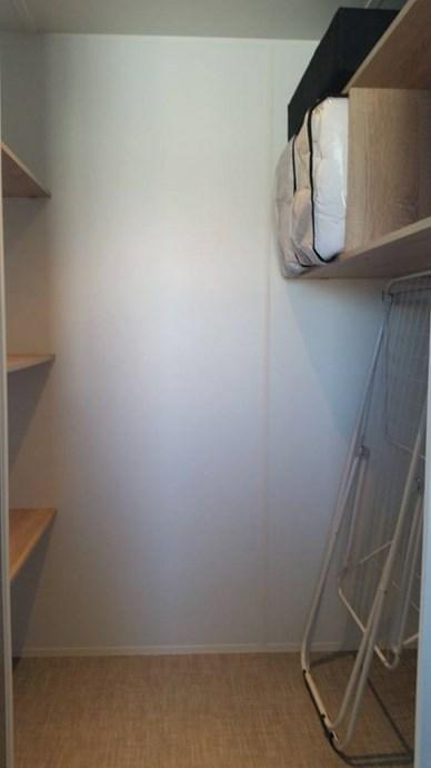 m__alk_in_closet.jpg