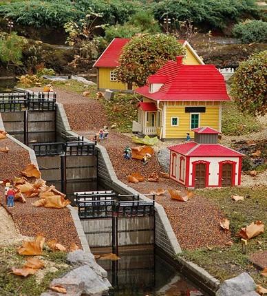 541px_Legoland_Billund_0455_1_.jpg