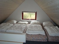4 beds upstairs in cottage type 2